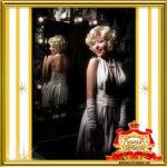 Двойник Мерилин Монро в ночном клубе в Москве