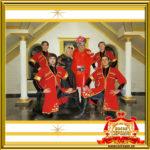 Двойник Верки Сердючки и Двойник Ирины Аллегровой на праздник с красивой шоу программой Ансамбль Горцев в Москве фото общее