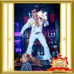 Двойник Элвиса Пресли в ночном клубе в Москве поет